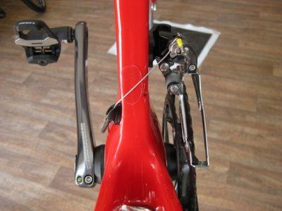 Výměna ložisek v zadní stavbě kola Lapiere a pár typů.