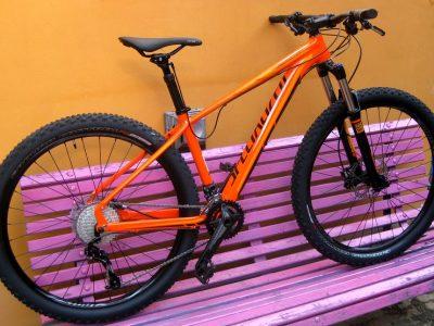 Specialized EPIC 29″ tuningový speciál v barvách Sunsetbike.